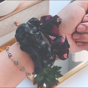 3-Pack Black Daisy Scrunchies